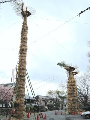 八幡祭り松明その2.JPG
